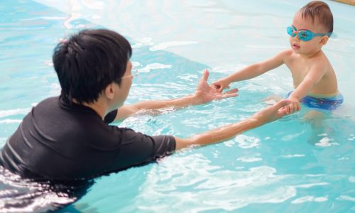 Toddler-Swimming-Lesson